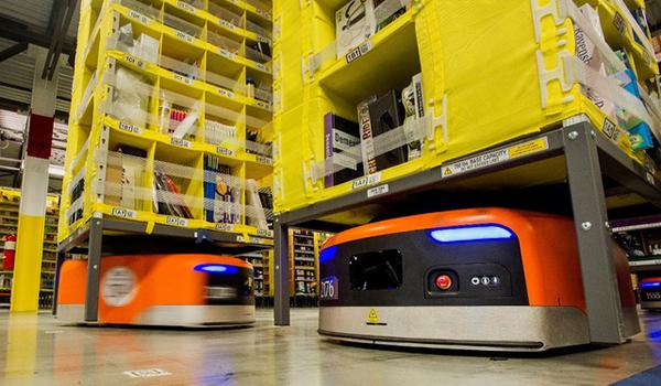 Hệ thống robot trong kho hàng của Amazon